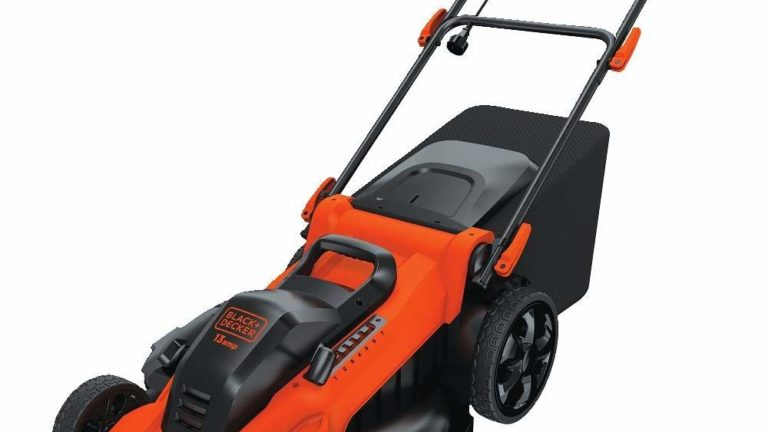 The Black & Decker MM2000